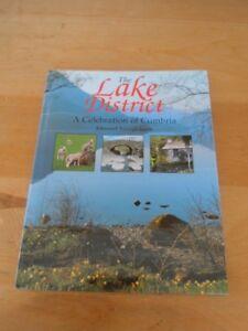 BOOK : The Lake District / A Celebration of Cumbria/ E. Swingleh