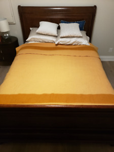 Hudson Bay 4 point wool blanket - As new condition