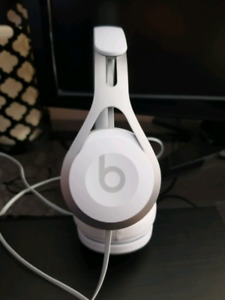 Beats by dre EP headphones MINT