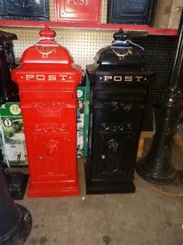 Square style cast aluminium post boxes freestanding