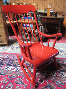 ANTIQUE SOLID WOOD RED PAINTED ROCKING CHAIR GOOD CONDITION aski
