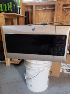 Stainless steel g&e microwave