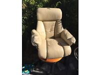 Reclining ( Recliner ) Swivelling Leather Chair Armchair