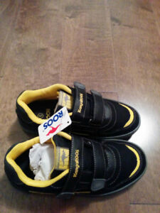New boys shoes-  size 3