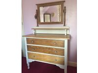 Vintage oak chest of drawers/dressing table