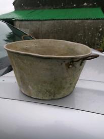 Old Aluminium pot. Post £4. Garden flowers design water interior