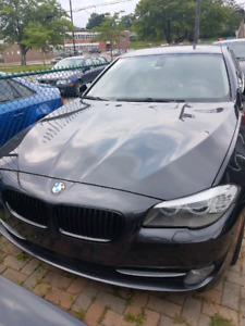 BMW 2012 528i XDrive 100km