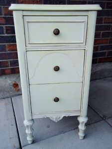 ANTIQUE CABINET SHABBY CHIC, SMALL CHEST, West Island Greater Montréal image 1