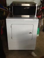 Selling Washer, Dryer & Microwave