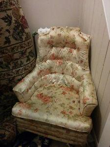 Comfortable loveseat and armchair Kingston Kingston Area image 1