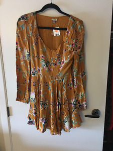 Urban Oufitters Ecote Dress - New with tags - Size Small