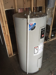 HOT WATER TANK ELECT.