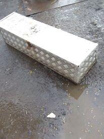 Landrover defender storage box