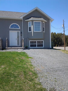 Lovely Semi in New Minas for Rent