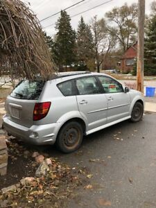 2008 Pontiac Vibe 36,000kms winter/summer tires automatic