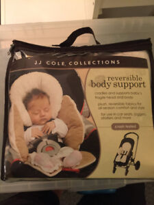 Car seat cover and baby body support