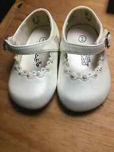 Baby girl dress shoe