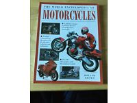 The world Encyclopedia of motorcycles By Roland Brown Great condition