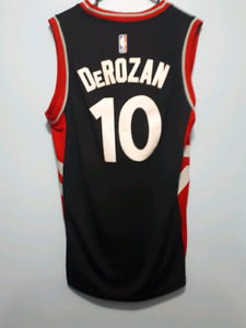 7363e693f2a Demar Derozan Jersey | Kijiji in Toronto (GTA). - Buy, Sell & Save ...