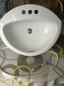 Excellent White Crane Bathroom Sink with Strainer London Ontario image 1