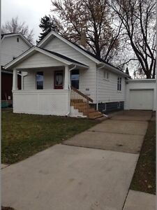 LOCATION!!Riverside 3 Bedroom/Basement/Garage/NEW PRICE!!!