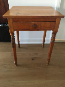 antique washstand with drawer