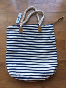 """BRAND NEW Summer & Rose """"Brittany"""" tote"""