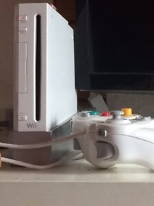 Wii console, Wii fit, games and many accessories