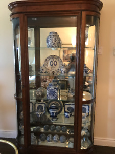 Curio Cabinet : 50 wide X 80 high: Excellent condition