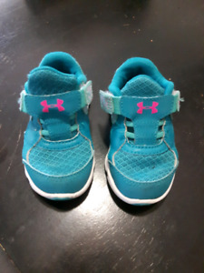 Underarmer toddler shoes