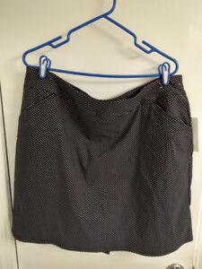 Womens skort size XL