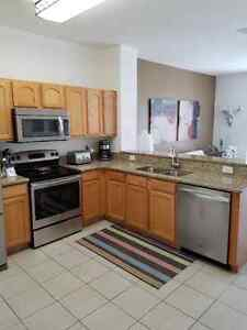 WINDSOR HILLS, KISSIMMEE (Town Home -End Unit - Privacy)