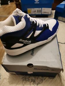 f7238c9d570460 reebok pumps
