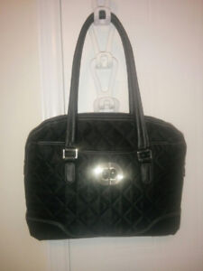9 Quality Handbags / Purses