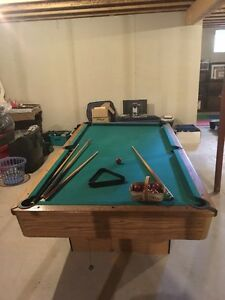 4 x 8 foot POOL TABLE