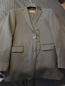 Selling Men's Suits - $35 Each! Kitchener / Waterloo Kitchener Area image 7