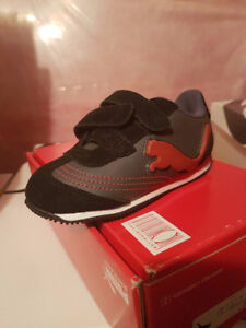 Brand New PUMA Toddler Boy Shoes size 9C