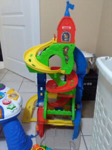 Fisher Price  toy with one car