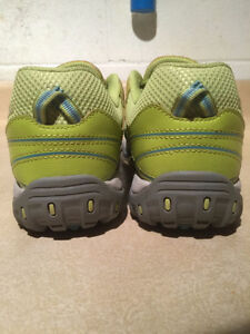 Women's Columbia Techlite Running Shoes Size 9.5 London Ontario image 2