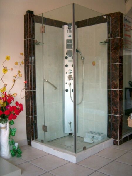 BEST Frameless Shower 900x 900x2 m, 8 mm  glass, 2 glass shelves, stainless steel hinges/accessories
