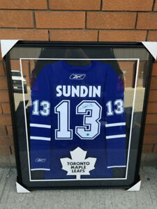 Mats Sundin autographed Toronto Maple Leafs jersey Framed
