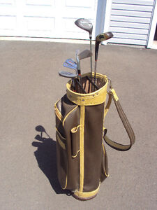 Right handed golf clubs (Driver, 3 wood, 3, 7, and 9 irons,
