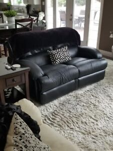 Power recliner love seat- this is a SUPER offer!!