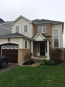 Beautiful and Clean Upgrade Single Family Detached Home For Rent