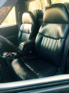 bucket seats and centre console s10/ blazer