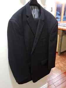 Mens Suit 52L46 - High Quality - Pristeen Condition