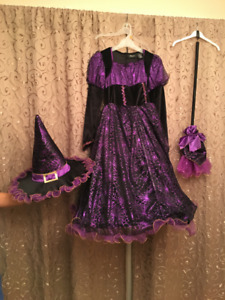 Halloween Costume Sorciere Witch Gr. 11-12 ans