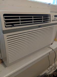10000 btu lg air conditioner like new