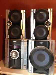 Sony 3 disc CD player plus subwoofer