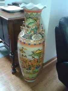 Chinese vase Kawartha Lakes Peterborough Area image 1